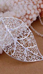 013 181x312 - Ожерелье в виде листочка с серебряным напылением