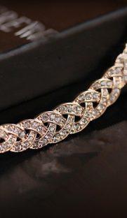 023  181x312 - Благородное ожерелье со стразами