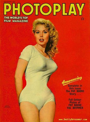 13880289 1228567610500480 8881887996591947394 n 300x408 - Эталон стиля и красоты 50-х годов прошлого века - Бетти Бросмер (Betty Brosmer).