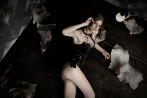 Cintia Dicker23 300x200 - Рыжая безупречность - Синтия Дикер (Cintia Dicker)