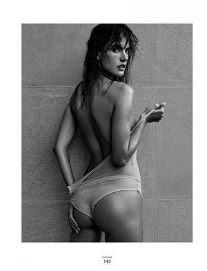 Alessandra Ambrosio 13 300x392 - Бразильская супермодель Алессандра Амбросио (Alessandra Ambrosio) в откровенном белье