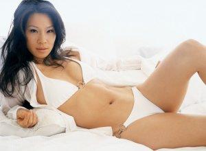 "Lucy Lui 13 300x220 - Люси Лью (Lucy Lui) - великолепная ""Доктор Ватсон""."