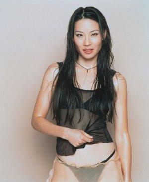 "Lucy Lui 8 300x366 - Люси Лью (Lucy Lui) - великолепная ""Доктор Ватсон""."
