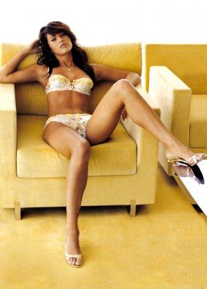 Megan Fox 16 300x418 - Самые горячие фото Меган Фокс (Megan Fox) в нижнем белье.