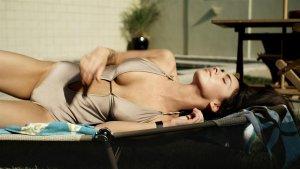Megan Fox 8 300x169 - Самые горячие фото Меган Фокс (Megan Fox) в нижнем белье.