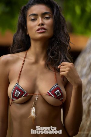 Kelly Gale18 300x450 - Индийский шарм шведской модели  - Келли Гейл (Kelly Gale)