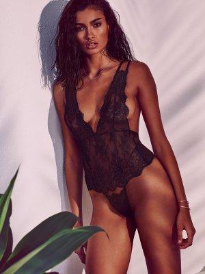 Kelly Gale23 300x400 - Индийский шарм шведской модели  - Келли Гейл (Kelly Gale)