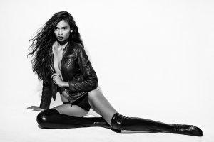 Kelly Gale9 300x200 - Индийский шарм шведской модели  - Келли Гейл (Kelly Gale)