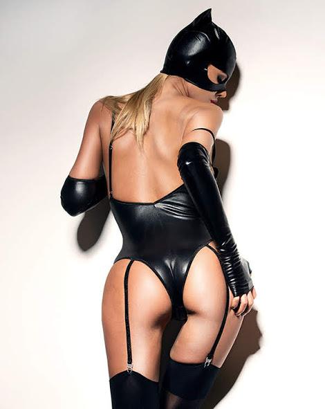 flirtoshop.com.ua 1 - Боди под мокрую кожу с подтяжками для чулок и перчатками