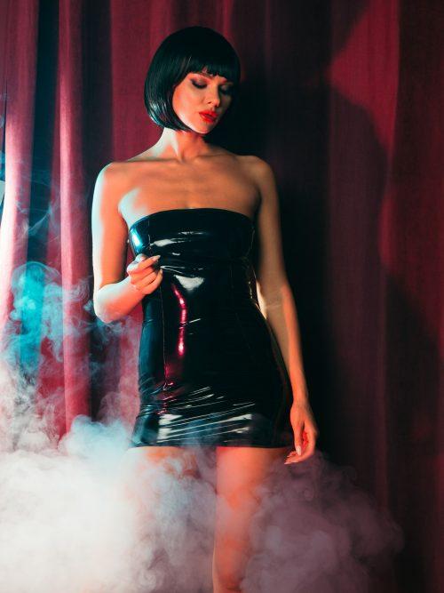 lakovoe plate s molniej szadi flirtoshop.com.ua 500x667 - Лаковое платье  с молнией сзади
