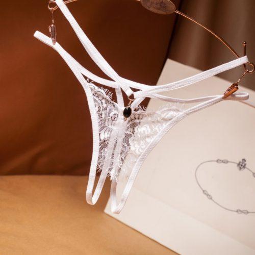 flirtoshop.com.ua 3 500x500 - Кружевные стринги с разрезом и кулоном