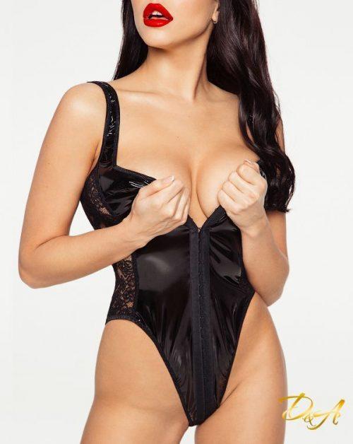 flirtoshop.com.ua 17 500x628 - Эротический костюм зайки - боди и ушки