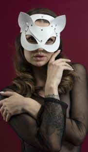 feral feelings catwoman mask flirtoshop.com.ua 6 181x312 - Маска кошки из кожи Feral Feelings – Catwoman Mask белая