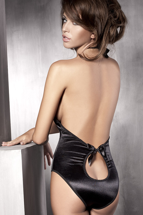 flirtoshop.com.ua 25 - Боди с глубоким декольте из блестящей ткани