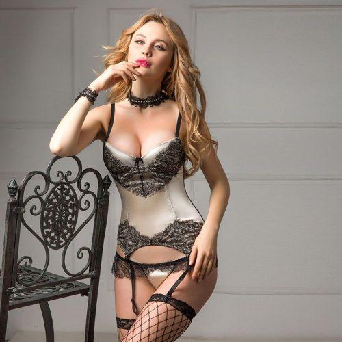 flirtoshop.com.ua 20 500x500 - Атласный корсет с кружевом + чулки